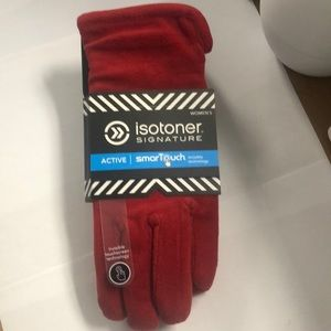 Isotoner signature active smartouch gloves in red